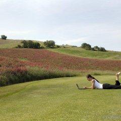 Отель Terme di Saturnia Spa & Golf Resort спортивное сооружение