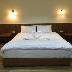 Отель Baan Wanchart Bangkok Residences Таиланд, Бангкок - отзывы, цены и фото номеров - забронировать отель Baan Wanchart Bangkok Residences онлайн комната для гостей фото 2