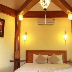 Отель Loc Phat Homestay Хойан комната для гостей фото 5