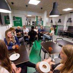 Отель Winstrup Hostel Швеция, Лунд - отзывы, цены и фото номеров - забронировать отель Winstrup Hostel онлайн питание