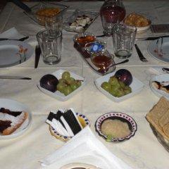 Отель Bed & Breakfast La Casa Delle Rondini Стаффоло питание