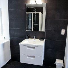 Отель Tracotel Бельгия, Брюссель - отзывы, цены и фото номеров - забронировать отель Tracotel онлайн ванная