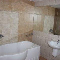 Отель Swiss Hotel Болгария, Шумен - отзывы, цены и фото номеров - забронировать отель Swiss Hotel онлайн ванная