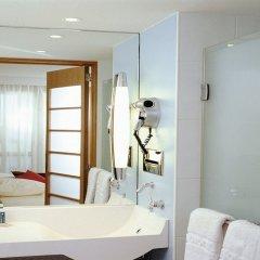 Отель Novotel Gdansk Centrum Польша, Гданьск - 5 отзывов об отеле, цены и фото номеров - забронировать отель Novotel Gdansk Centrum онлайн ванная