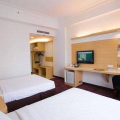 Отель Prescott Hotel KL Medan Tuanku Малайзия, Куала-Лумпур - 1 отзыв об отеле, цены и фото номеров - забронировать отель Prescott Hotel KL Medan Tuanku онлайн удобства в номере фото 2