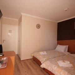 Отель PARTHENIS Вула комната для гостей