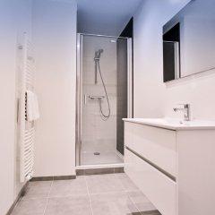 Отель Compagnie des Sablons Apartments Бельгия, Брюссель - отзывы, цены и фото номеров - забронировать отель Compagnie des Sablons Apartments онлайн ванная
