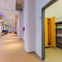 Отель A&O Salzburg Hauptbahnhof Зальцбург помещение для мероприятий
