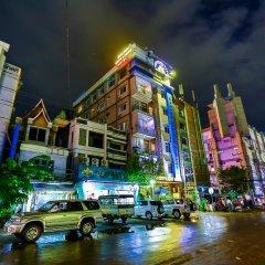 Golden City Light Hotel развлечения