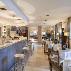 Отель Parador de Vielha гостиничный бар