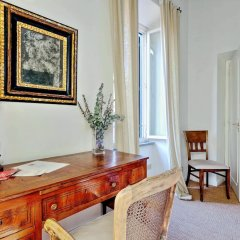 Апартаменты Trevi Stylish Apartment Рим удобства в номере фото 2