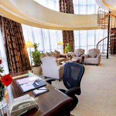 Отель Oxford Suites Makati Филиппины, Макати - отзывы, цены и фото номеров - забронировать отель Oxford Suites Makati онлайн интерьер отеля фото 2