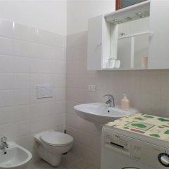 Отель Appartamento Miriam Италия, Вербания - отзывы, цены и фото номеров - забронировать отель Appartamento Miriam онлайн ванная фото 2