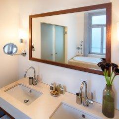 Отель ALDEN Suite Hotel Splügenschloss Zurich Швейцария, Цюрих - 9 отзывов об отеле, цены и фото номеров - забронировать отель ALDEN Suite Hotel Splügenschloss Zurich онлайн ванная