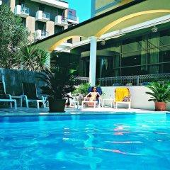 Hotel Continental Rimini Римини бассейн фото 3