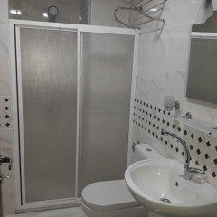 Toprak Hotel Турция, Ван - отзывы, цены и фото номеров - забронировать отель Toprak Hotel онлайн ванная фото 2