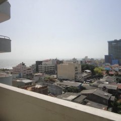 Отель Lucky Plaza Residencies Шри-Ланка, Коломбо - отзывы, цены и фото номеров - забронировать отель Lucky Plaza Residencies онлайн балкон