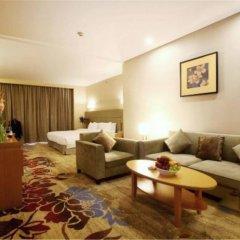 Отель Ramada by Wyndham Beijing Airport Китай, Пекин - 9 отзывов об отеле, цены и фото номеров - забронировать отель Ramada by Wyndham Beijing Airport онлайн комната для гостей фото 2