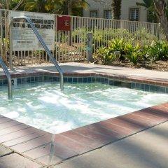 Отель Pacifica Suites бассейн фото 3