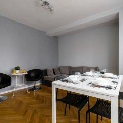 Отель Downtown Apartments Польша, Варшава - отзывы, цены и фото номеров - забронировать отель Downtown Apartments онлайн помещение для мероприятий
