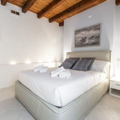 Отель Venetian Exclusive Apartment R&R Италия, Венеция - отзывы, цены и фото номеров - забронировать отель Venetian Exclusive Apartment R&R онлайн комната для гостей фото 4