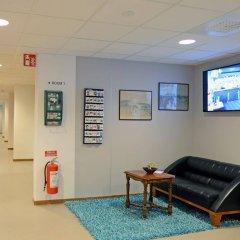 Отель Spoton Hostel & Sportsbar Швеция, Гётеборг - 1 отзыв об отеле, цены и фото номеров - забронировать отель Spoton Hostel & Sportsbar онлайн интерьер отеля