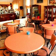 Hotel Jasmine Римини гостиничный бар