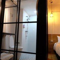 Отель Kailub Rooms Бангкок сейф в номере