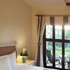 Отель Centara Sandy Beach Resort Danang сейф в номере