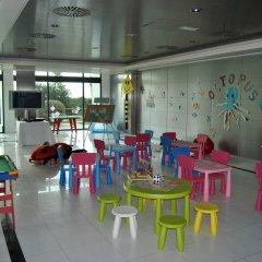 Отель Las Arenas Balneario Resort Испания, Валенсия - 1 отзыв об отеле, цены и фото номеров - забронировать отель Las Arenas Balneario Resort онлайн детские мероприятия фото 2