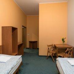 Отель Hill Inn Познань удобства в номере фото 2