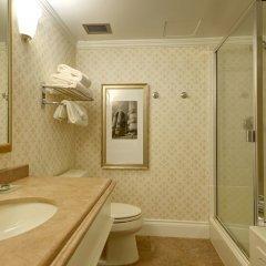Отель Magnolia Hotel & Spa Канада, Виктория - отзывы, цены и фото номеров - забронировать отель Magnolia Hotel & Spa онлайн ванная фото 2