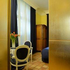 Hotel Cairoli балкон