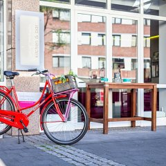 Отель Indigo Düsseldorf - Victoriaplatz Германия, Дюссельдорф - отзывы, цены и фото номеров - забронировать отель Indigo Düsseldorf - Victoriaplatz онлайн спортивное сооружение