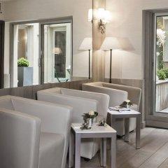 Отель Longchamp Elysées развлечения