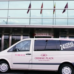 Отель Crowne Plaza Madrid Airport городской автобус