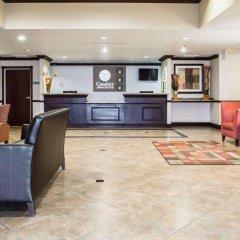 Отель Comfort Inn & Suites Maingate South интерьер отеля
