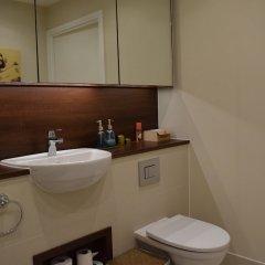 Отель Modern Flat in Canada Water ванная