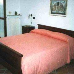 Отель Agriturismo Le Viole Здание Barolo комната для гостей