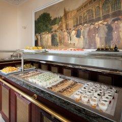 Отель Chateau Monty Spa Resort питание