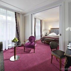 Отель Schweizerhof Zürich комната для гостей