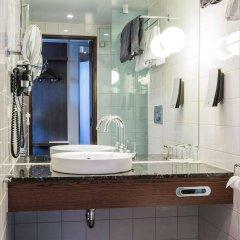 Отель Clarion Hotel Post Швеция, Гётеборг - отзывы, цены и фото номеров - забронировать отель Clarion Hotel Post онлайн ванная фото 2