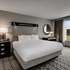 Отель Hilton Columbus at Easton США, Колумбус - отзывы, цены и фото номеров - забронировать отель Hilton Columbus at Easton онлайн комната для гостей фото 3
