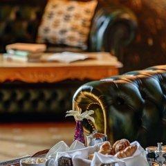 Отель Hazlewood Castle & Spa в номере фото 2