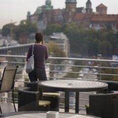 Отель Kossak Hotel Польша, Краков - 1 отзыв об отеле, цены и фото номеров - забронировать отель Kossak Hotel онлайн приотельная территория фото 2