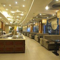 Отель Shanghai Airlines Travel Hotel Китай, Шанхай - 1 отзыв об отеле, цены и фото номеров - забронировать отель Shanghai Airlines Travel Hotel онлайн питание фото 2