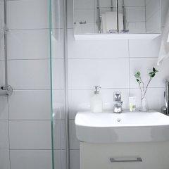 Отель Roost Kirstinkatu Финляндия, Хельсинки - отзывы, цены и фото номеров - забронировать отель Roost Kirstinkatu онлайн ванная