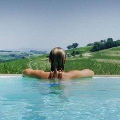 Отель La Vita Nuova Италия, Морро-д'Альба - отзывы, цены и фото номеров - забронировать отель La Vita Nuova онлайн бассейн фото 2
