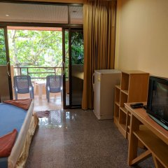 Отель Lanta Summer House комната для гостей