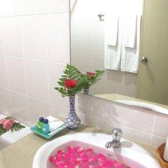 Отель Twin Inn Hotel Таиланд, Пхукет - отзывы, цены и фото номеров - забронировать отель Twin Inn Hotel онлайн ванная